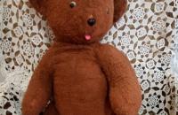 День плюшевого медведя празднуется в России.